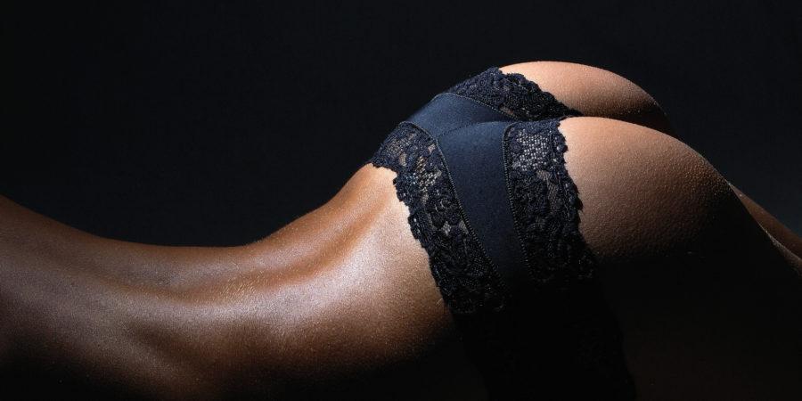 des fesses de femme qui invite à la sodomie