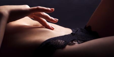 masturbation-feminine-caresses-femme
